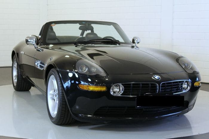 BMW - Z8 - 2000 Estimation: 210.000-275.000 EUR
