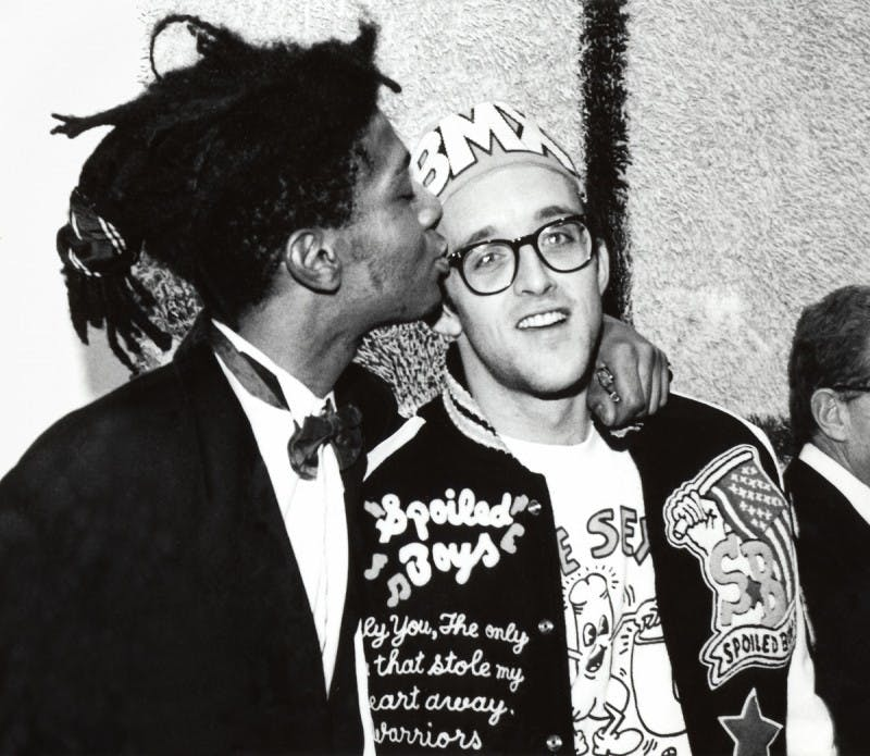 Basquiat et Keith Haring, image via Art Tribune