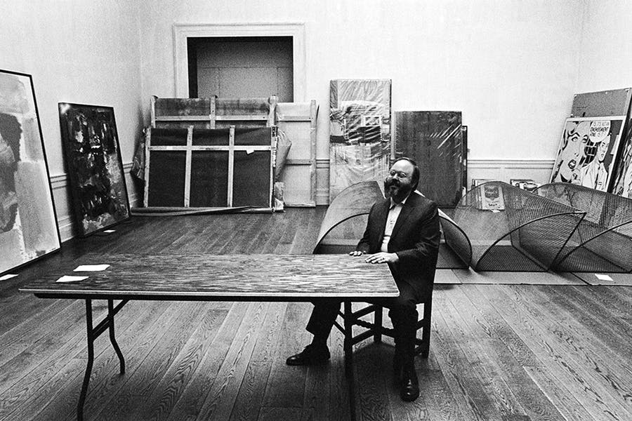 Henry Geldzahler at the Met choosing works for his major exhibition. Image: 1stDibs