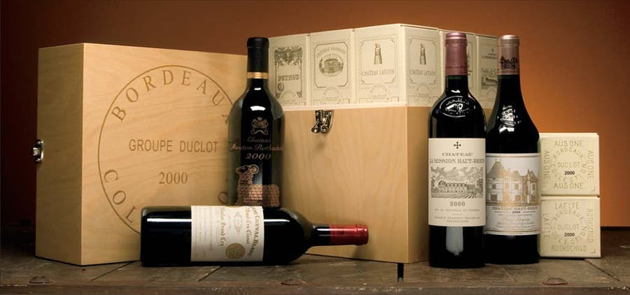Caisse Collection Duclot 2000, image d'illustration via Hart Davis Hart Wine Co