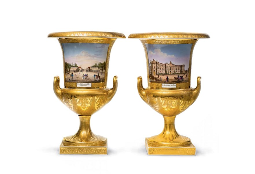 The Largest Private Porcelain Collection Heads to Auction