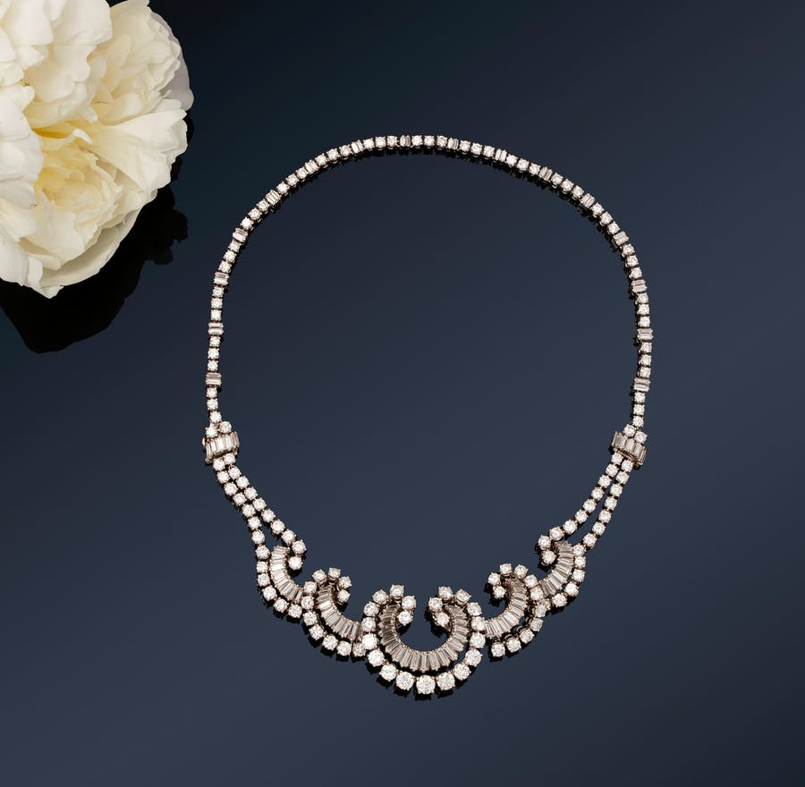Boucheron necklace in platinum and white gold. Photo: Rossini
