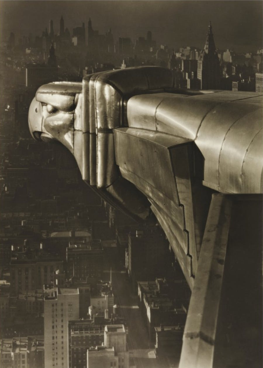 Margaret Bourke-White, Gargoyle, Chrysler Moulding, NYC, 1930. Vendue chez Sotheby's le 5 avril 2019 (estimation 250 000 et 350 000 dollars), image © Sotheby's