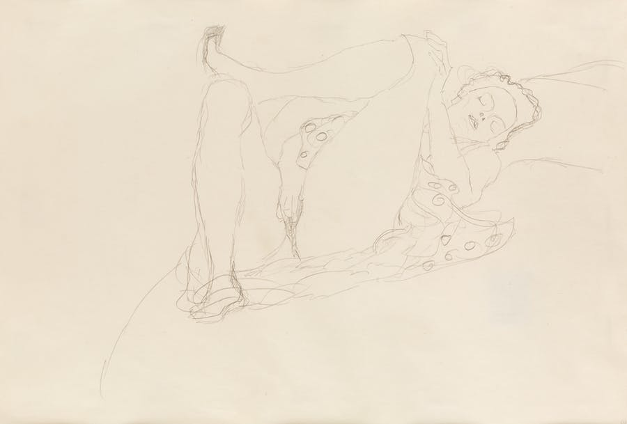 Liegender Halbakt Nach Rechts (Half-Nude Reclining to the Right), Gustav Klimt. 1914-15, pencil on paper.