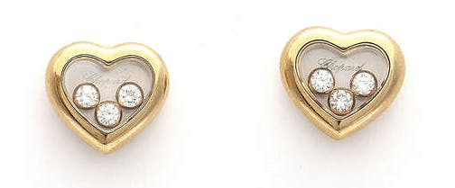 Lot 57 Paire de boucles d'oreilles Happy Diamond par Chopard Estimation basse: 1 100 €