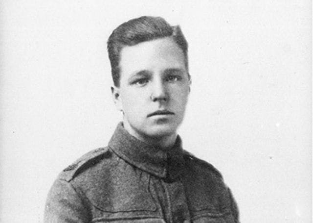 Henry Moore in 1917 in his regiment. Image: Henry Moore Foundation