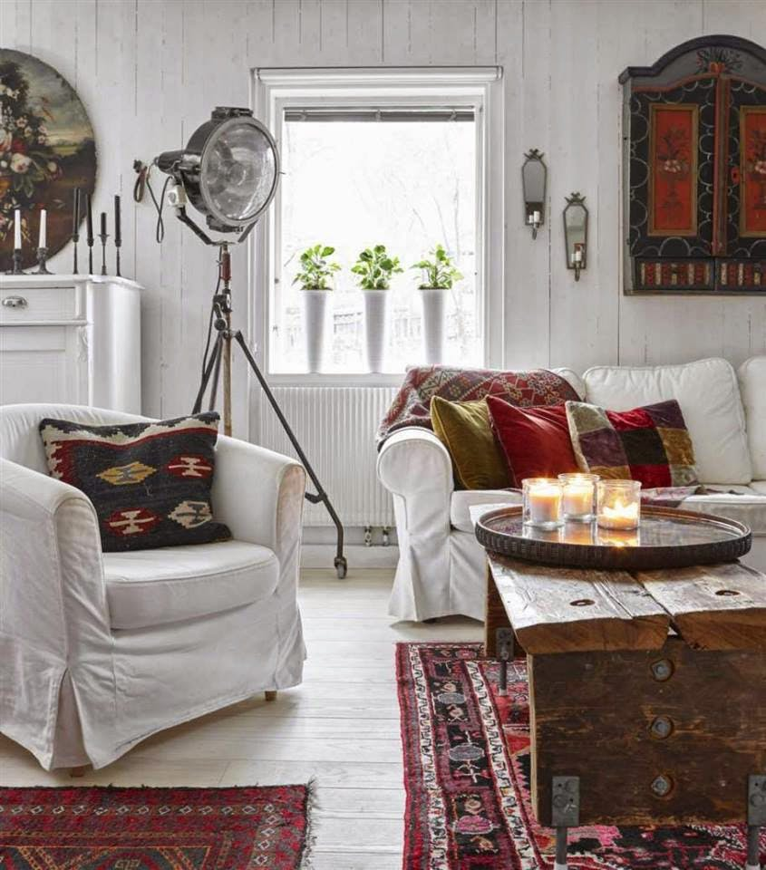 Awesome-Wall-Accessories-And-White-Sofas-Bohemian-Style-Country-House-In-Sweden-Design-Ideas