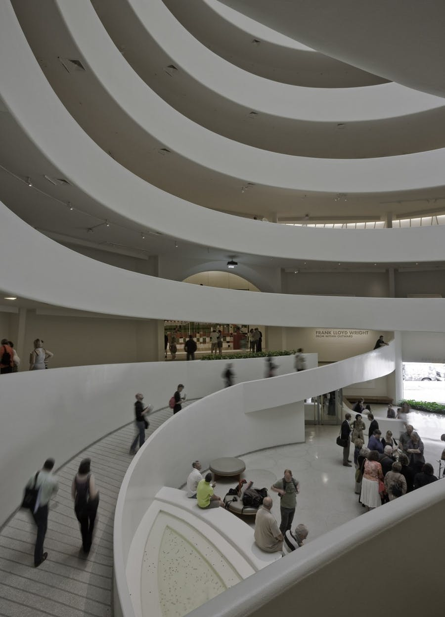 Solomon R. Guggenheim Museum, view of the rotunda with fountain in the foreground. David Heald © Solomon R. Guggenheim Museum