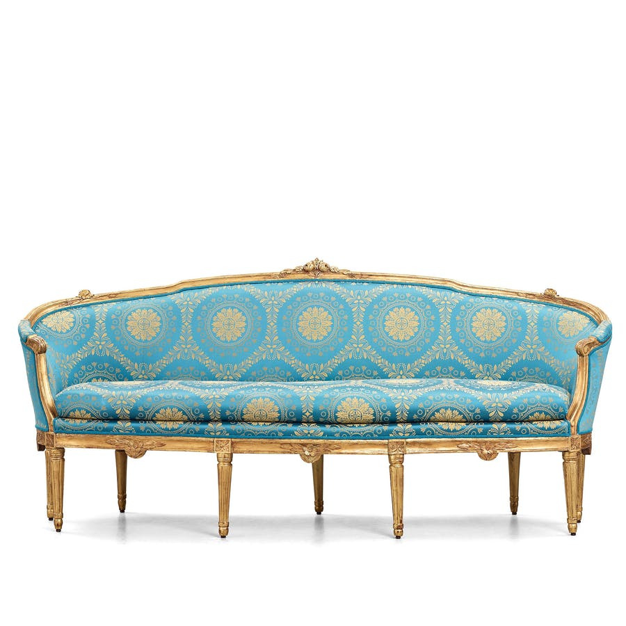 Gustavian late 18th-century sofa. Photo: Bukowskis