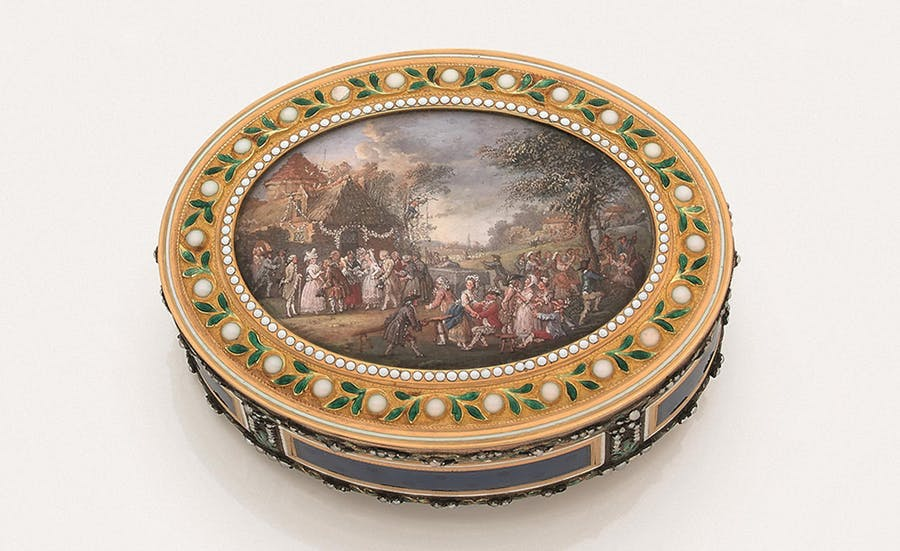 Joseph Etienne Blerzy, oval shaped snuffbox, 1784-1785, miniature decoration attributed to Louis Nicolas Van Blarenberghe. Image © HVMC