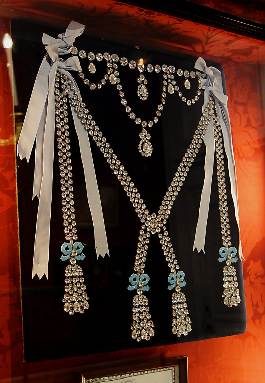 A copy of the notorious diamond necklace in Breteuil Castle, France