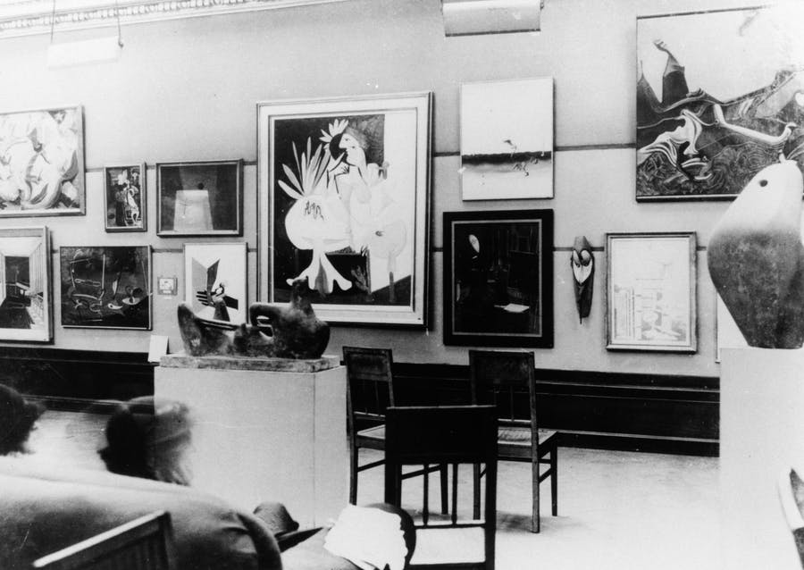 A Henry Moore sculpture at the International Surrealist Exhibition in 1936 in London. Image: Henry Moore Foundation