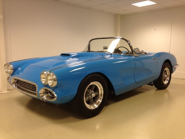 CHEVROLET - Corvette C1 - 1959 Estimation: 50.000-65.000 EUR