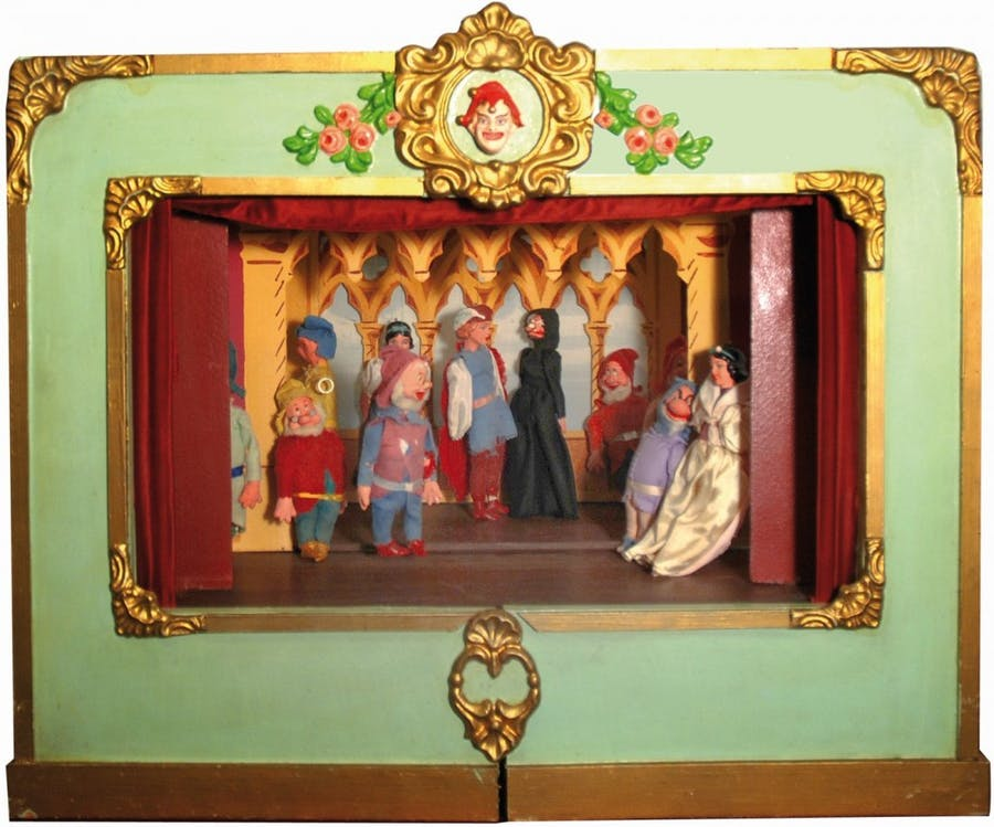Snow White and the Seven Dwarfs, puppet theatre of hand-painted wood with 11 figures, 1940s Estimate: 700-1500 EUR