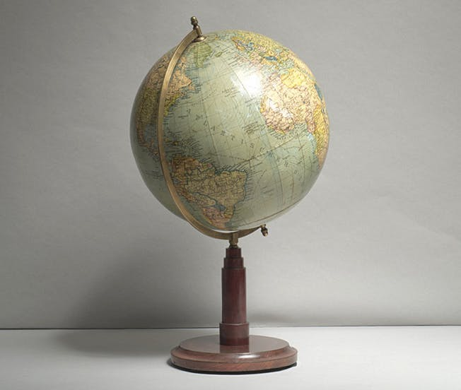 Globe Art Deco, circa 1925 Luke Honey Prix fixe: 500 €