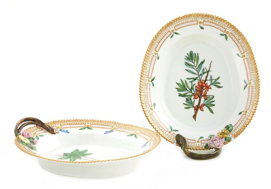 Pair Royal Copenhagen Flora Danica dishes (2pcs)