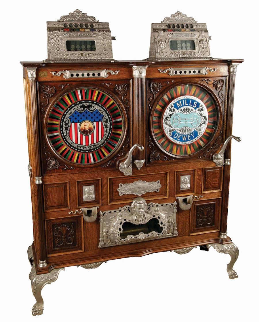 Mills Novelty Co., Doppelter Spielautomat mit Musikbox, 1899 | Foto: Morphy Auctions