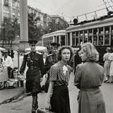 Henri Cartier Bresson, 'Waiting for the Trolly, Moscow 1954'. Photo: Catawiki