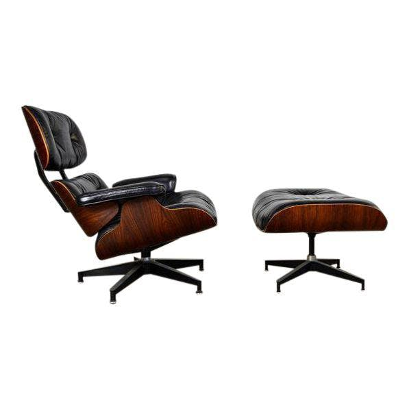 Eames Lounge Chair mit Hocker DECASO